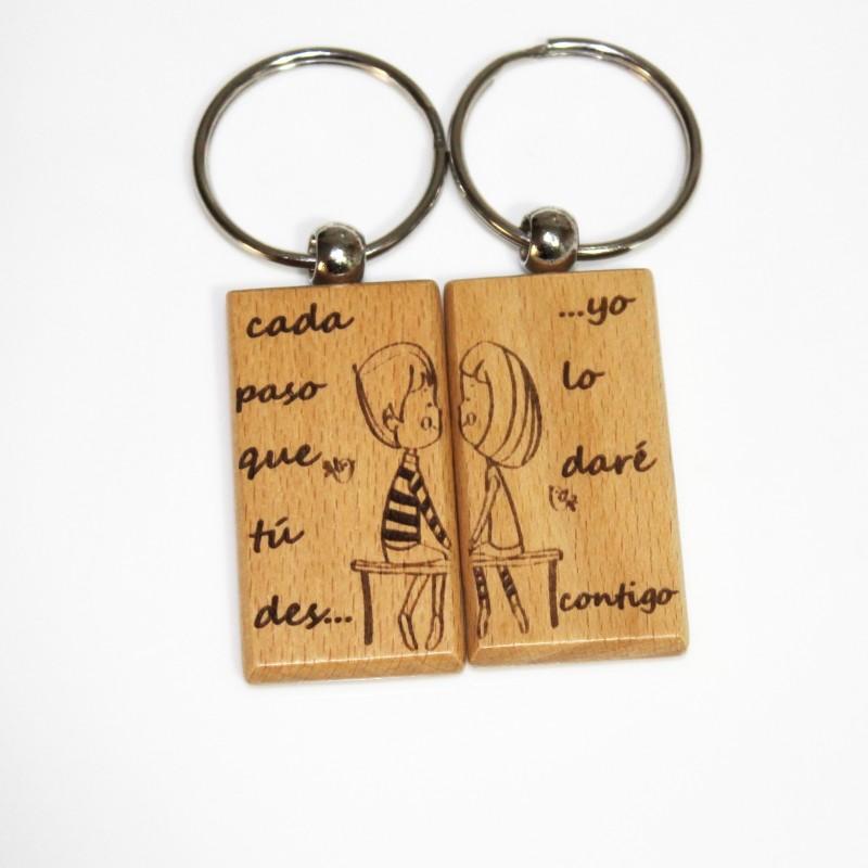 2 llaveros de madera enamorados san valentin