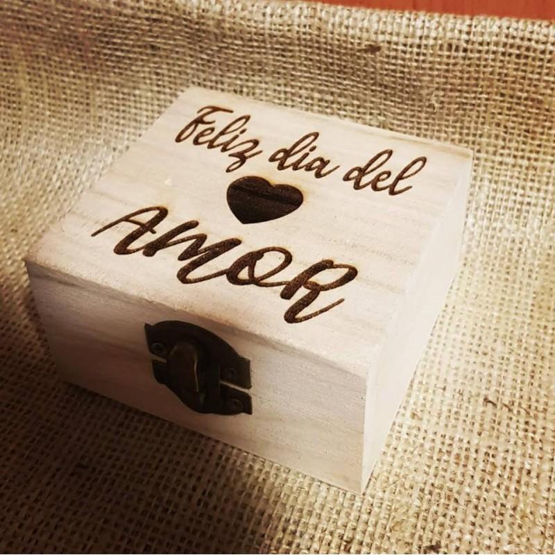 Caja de madera enamorados-Feliz día del amor