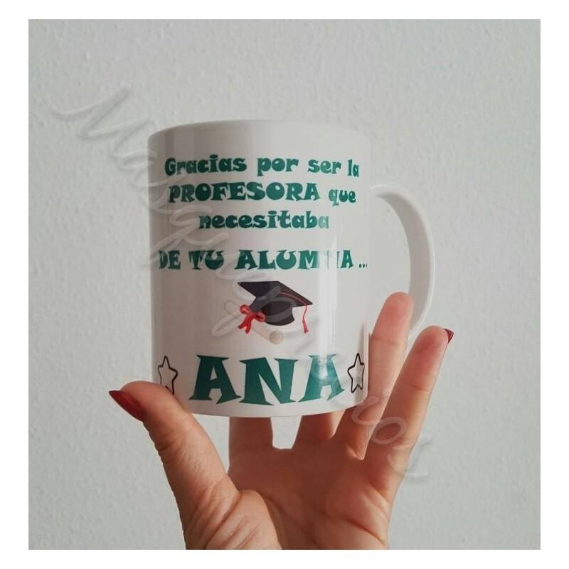 Taza regalo para profesoras de sus alumnos, con el nombre de la profe