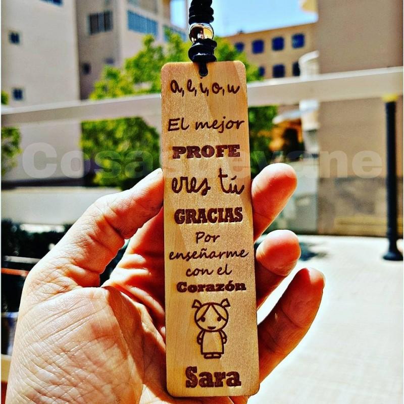 Marcapáginas de madera especial para profesores montado con cuero
