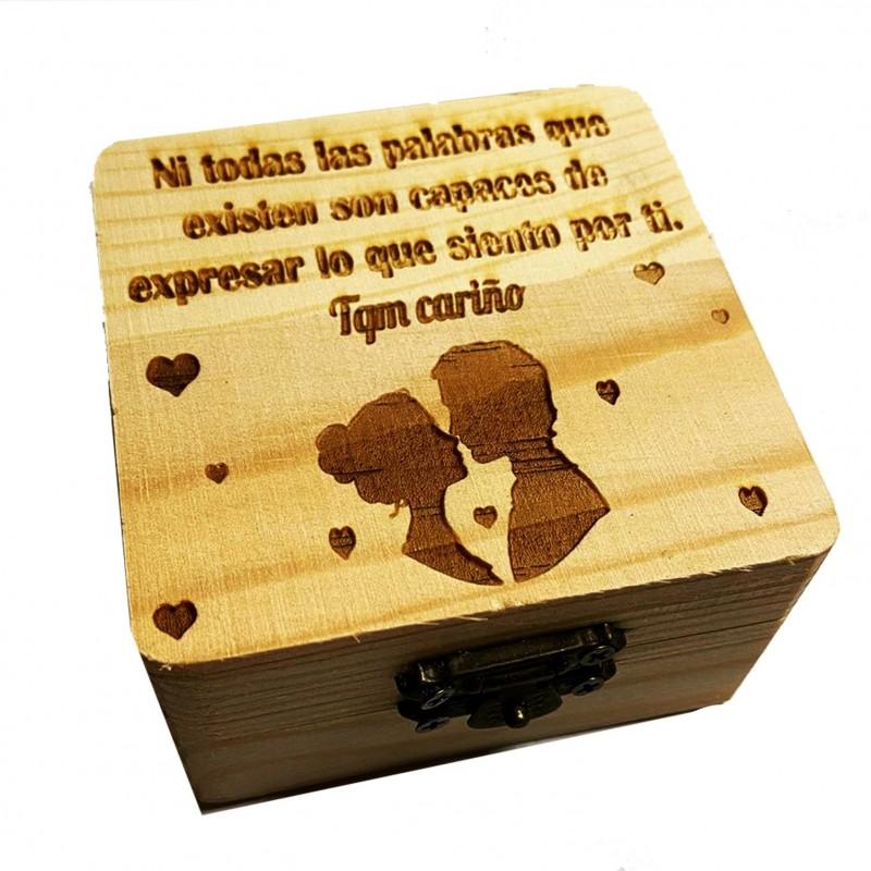 Caja de madera regalo para enamorados en aniversarios y san valentin