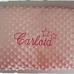 Manta para bebe topos personalizada con nombre bordado 80x110cm