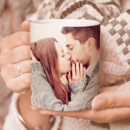 Taza con frase de amor y dibujo romántico con foto enamorados